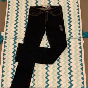 Abercrombie & Fitch Flare Jeans — size 2 Long